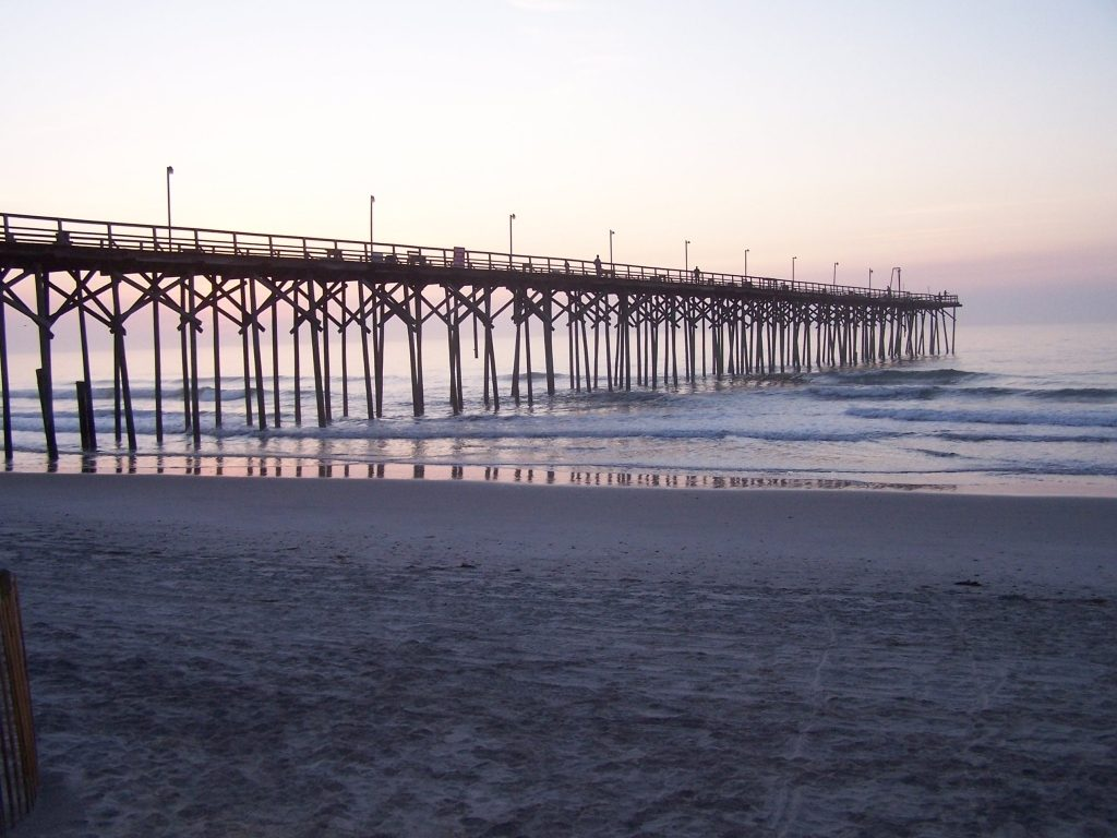 carolina_beach_pier-photo-by-annebethmi